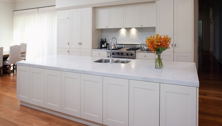 Kitchens wangara franke cabinets 08 9302 6664 for Flat pack kitchen cabinets perth