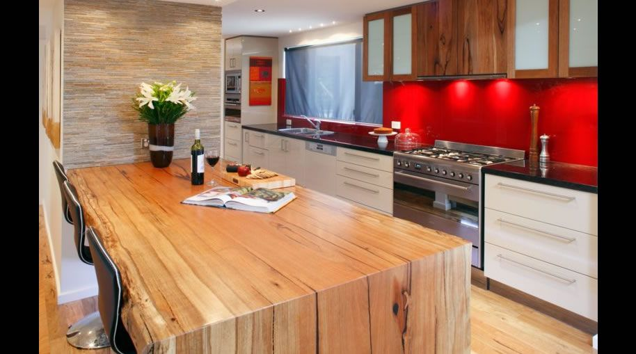 Flat pack kitchens custom diy kitchen cabinets online for Custom kitchen cabinets online